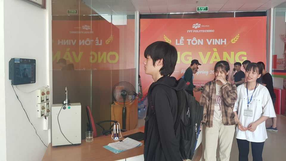 Su Dung Biface Diem Danh Khuon Mat Cho Sinh Vien Truong Fpt Polytechnic 2999